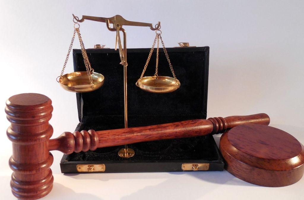 Ein Angeklagter, dem das Geld kaum zum Leben reicht, muss seinen Strafbefehl bezahlen.Das Gericht hat darauf Rücksicht genommen. Foto: Pixabay