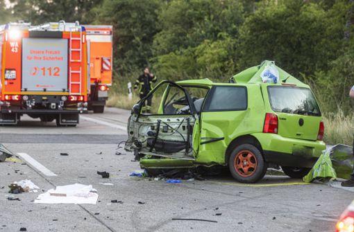 23 Jahre alter Falschfahrer prallt gegen Laster und stirbt