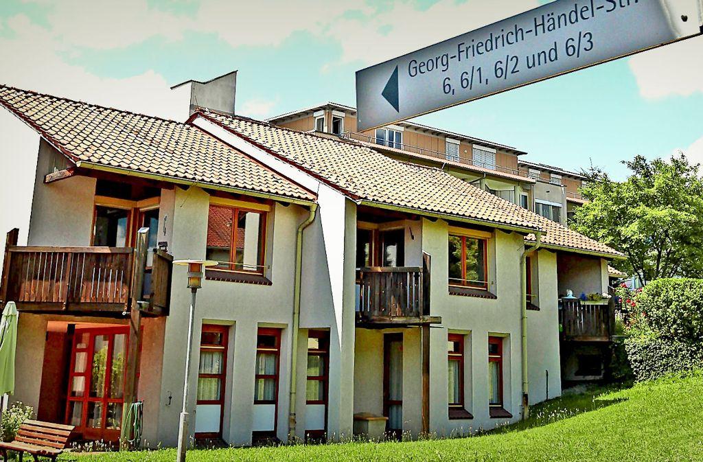 Nach und nach sollen sämtliche Häuser auf den Wiedenhöfer-Areal Neubauten weichen, als erstes das namensgebende Wiedenhöfer-Stift. Foto: factum/Granville