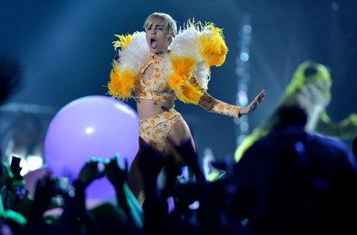 Zu nackt für Hemsworth: Miley Cyrus ist wieder solo - n