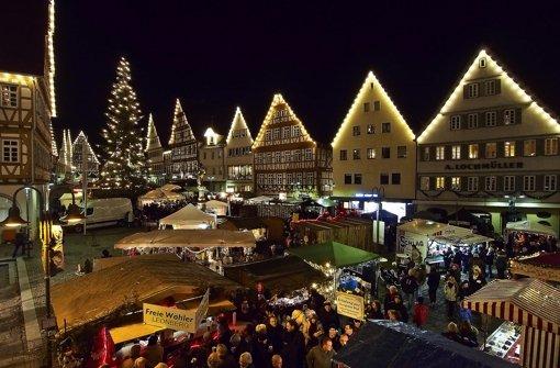 Überall wie hier in Leonberg starten die Weihnachtsmärkte. Foto: factum/Weise