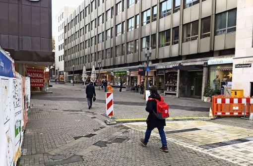 Am Marktplatz umzingelt von Baustellen