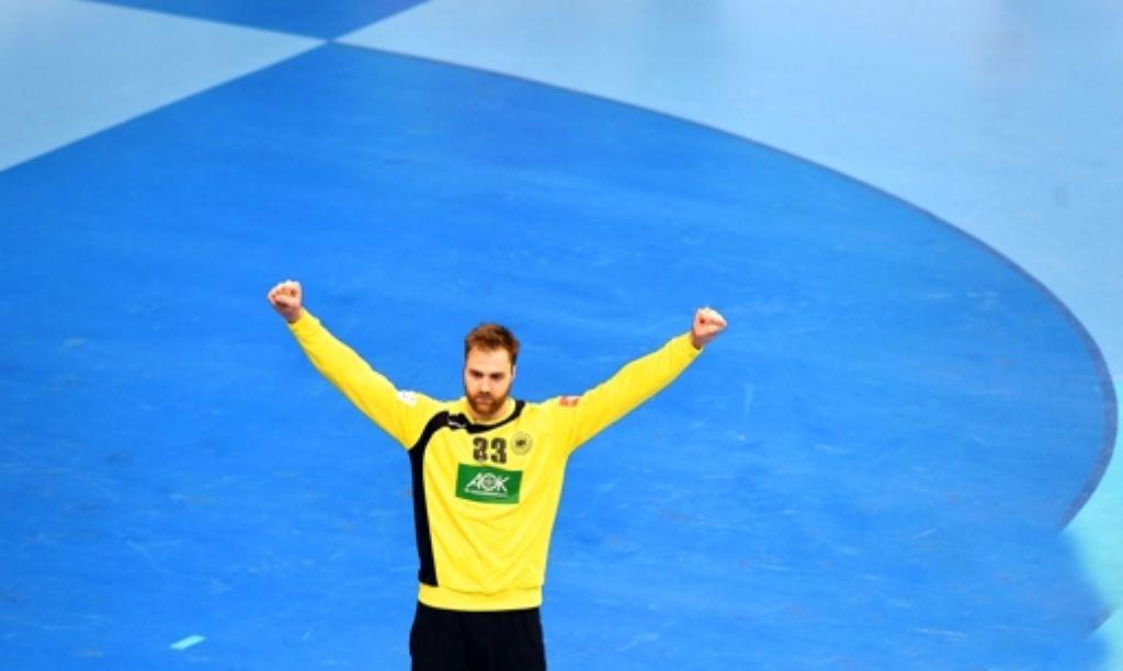 Nicht zu überwinden: der deutsche Torhüter Andreas Wolff zeigt im Endspiel eine spektakuläre Leistung und bringt die Spanier zum Verzweifeln. Foto: AFP