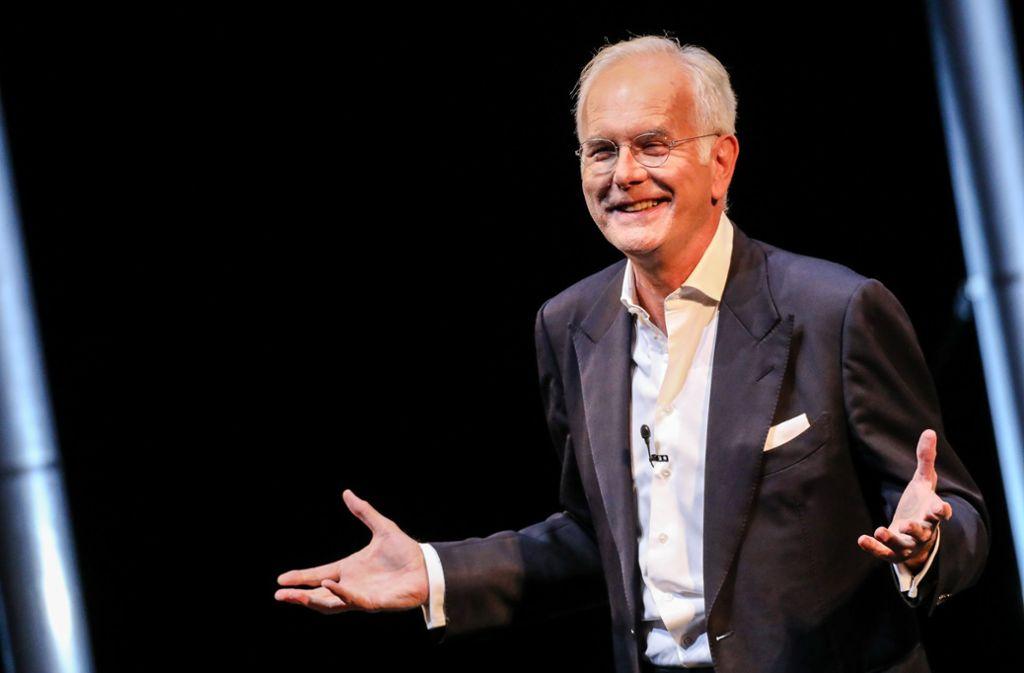 Harald Schmidt bei seinem Solo-Auftritt im Stuttgarter Schauspiel. Foto: dpa/Schmidt