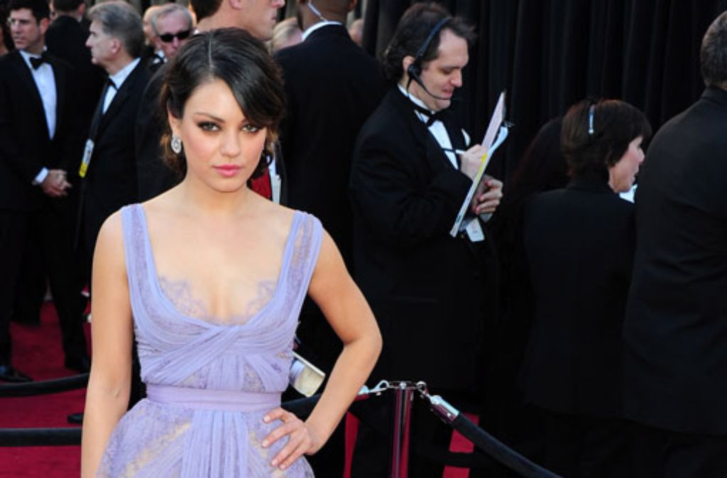 Ist Mila Kunis mit Ashton Kutcher verlobt? Foto: dpa
