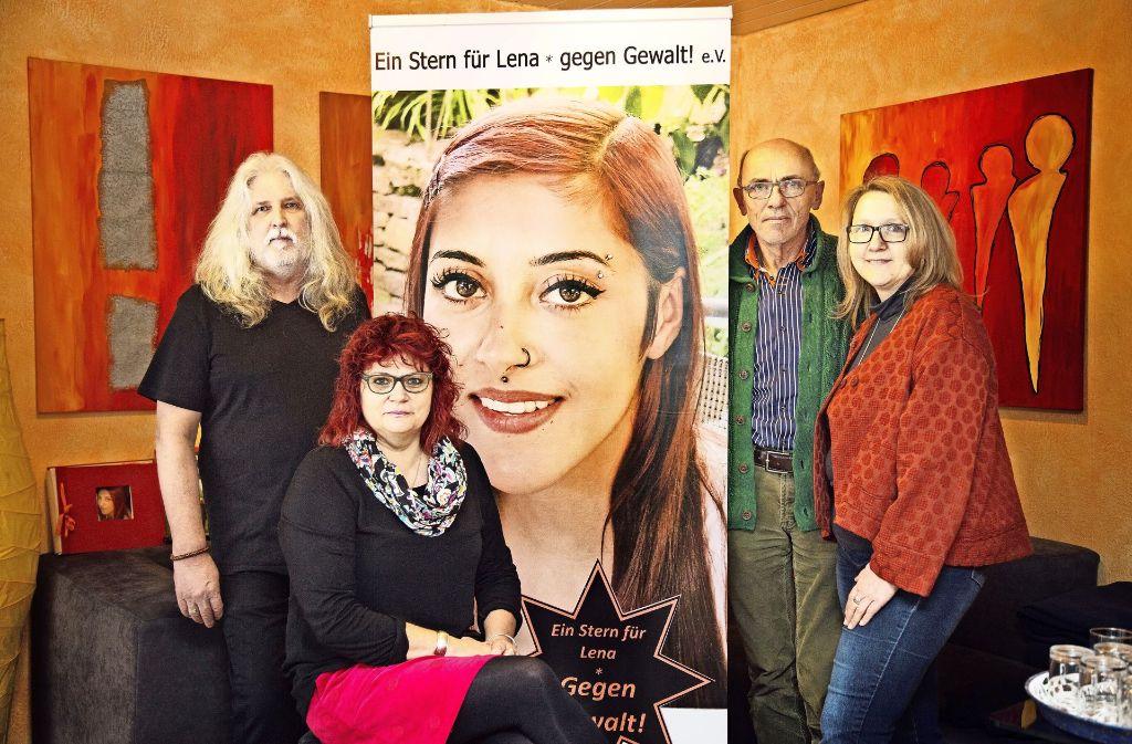 Der Vereinsvorstand: Lenas Eltern Norbert und Conni Wacker mit Friedhelm Hoffmann und Martina Kübler (von  links) Foto: Ines Rudel
