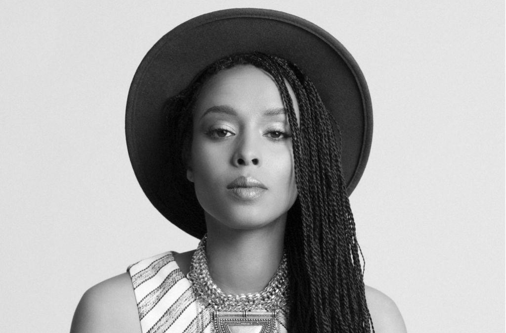 Sie könnte eine mesopotamische Gottheit oder eine  nubische Prinzessin verkörpern: Ester Rada Foto: Festival