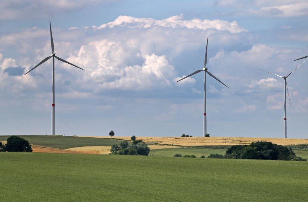 Wo neue Windräder entstehen sollen, stellen sich Bürger häufig quer und rufen den Petitionsausschuss an. Foto: dpa