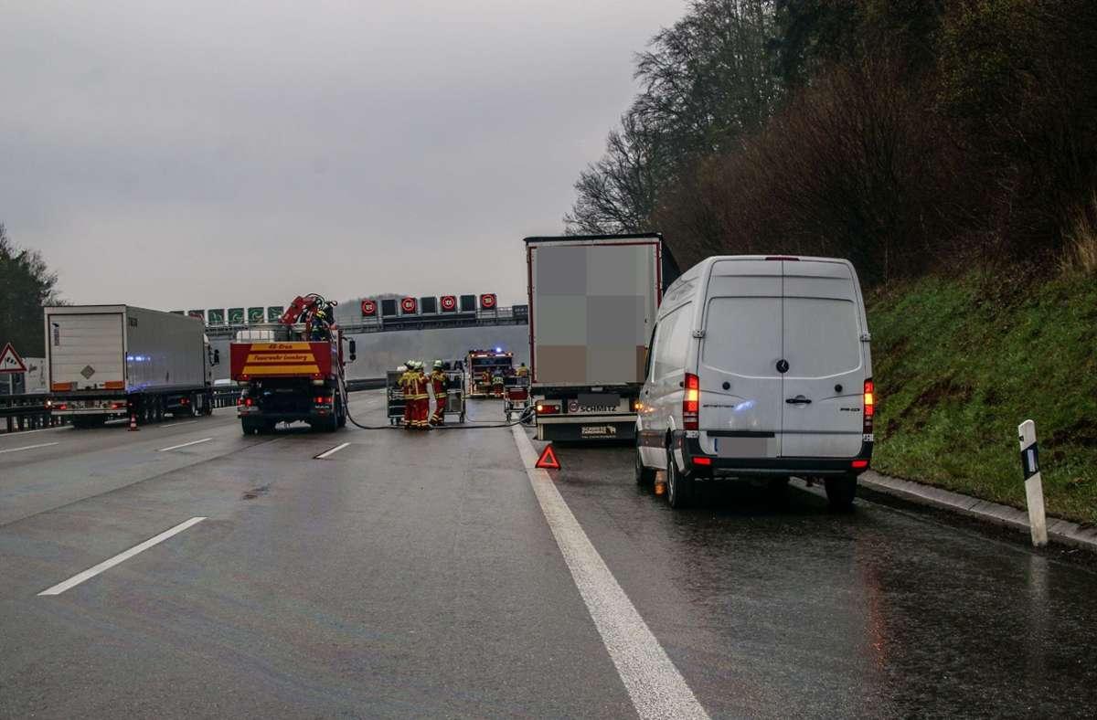 Der Unfall ereignete sich auf der A8/A81 bei Leonberg-Ost. Foto: SDMG/SDMG / Dettenmeyer