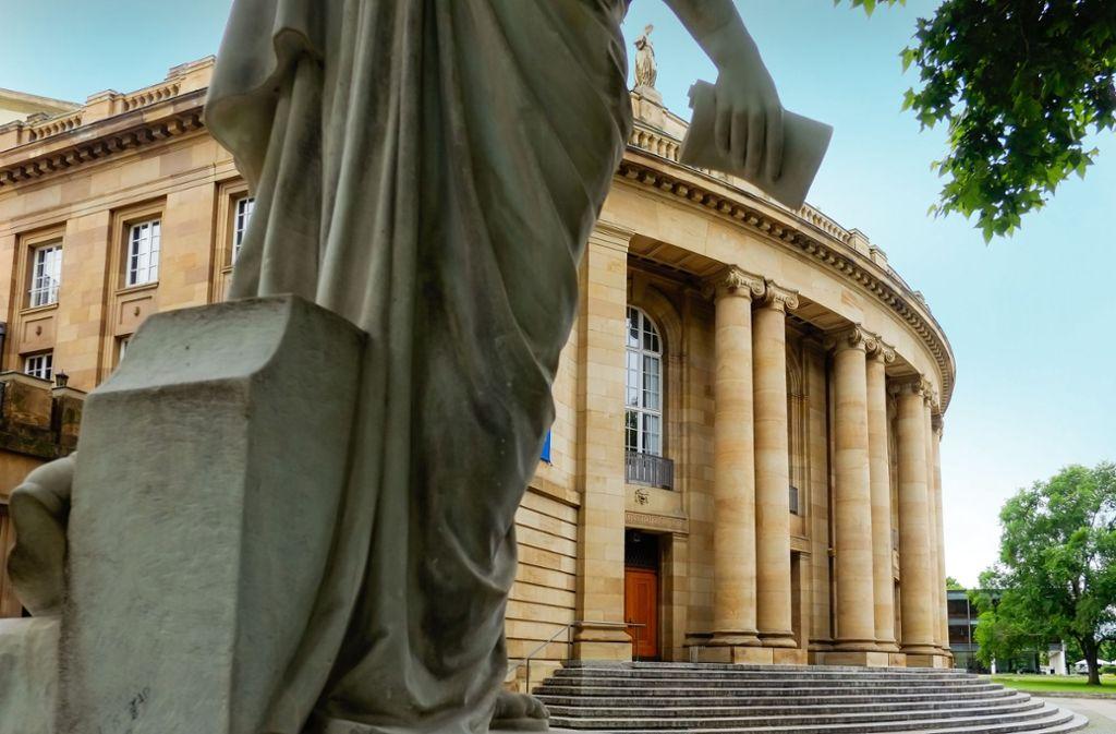 Die Staatsoper in Stuttgart soll in den nächsten Jahren saniert – das wird teuer. Foto: Lichtgut/Max Kovalenko