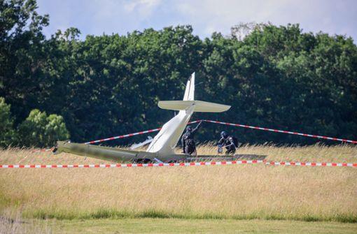 Ultraleichtflugzeug stürzt ab – Fluglehrer stirbt