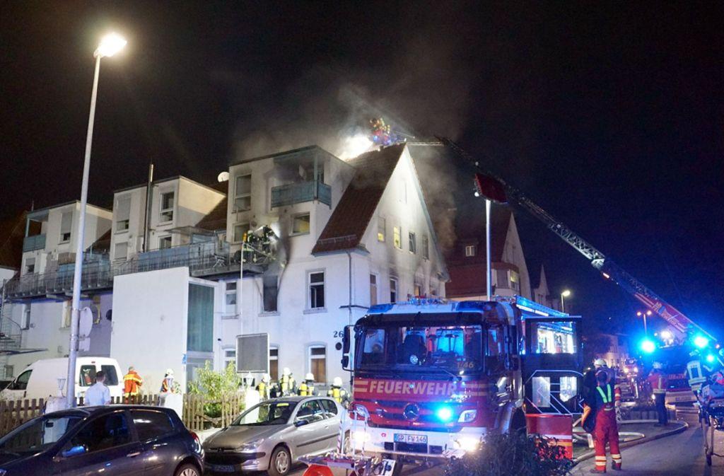 In Geislingen an der Steige hat eine Unterkunft für Flüchtlinge gebrannt Foto: SDMG