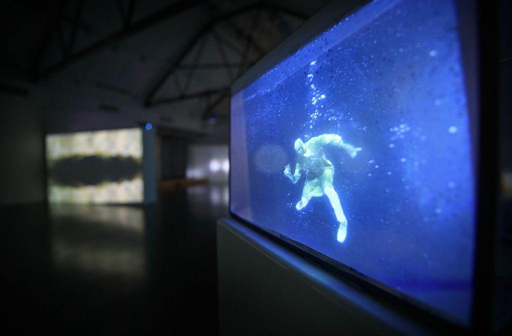 Menschen unter Wasser – ein Zukunftsszenario in Zeiten steigender Pegel. Foto: /Gottfried Stoppel