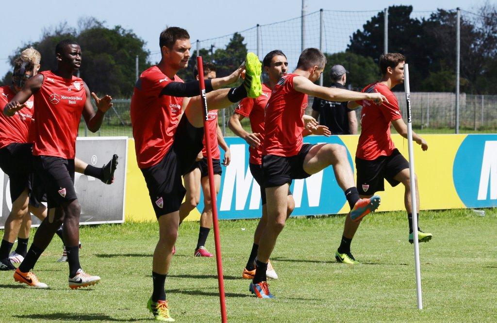 Hier die Bilder vom Sonntagvormittag-Training des VfB Stuttgart: Foto: Pressefoto Baumann