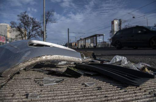 Erste Zeugenbefragungen nach tödlichem Unfall mit Polizeiauto