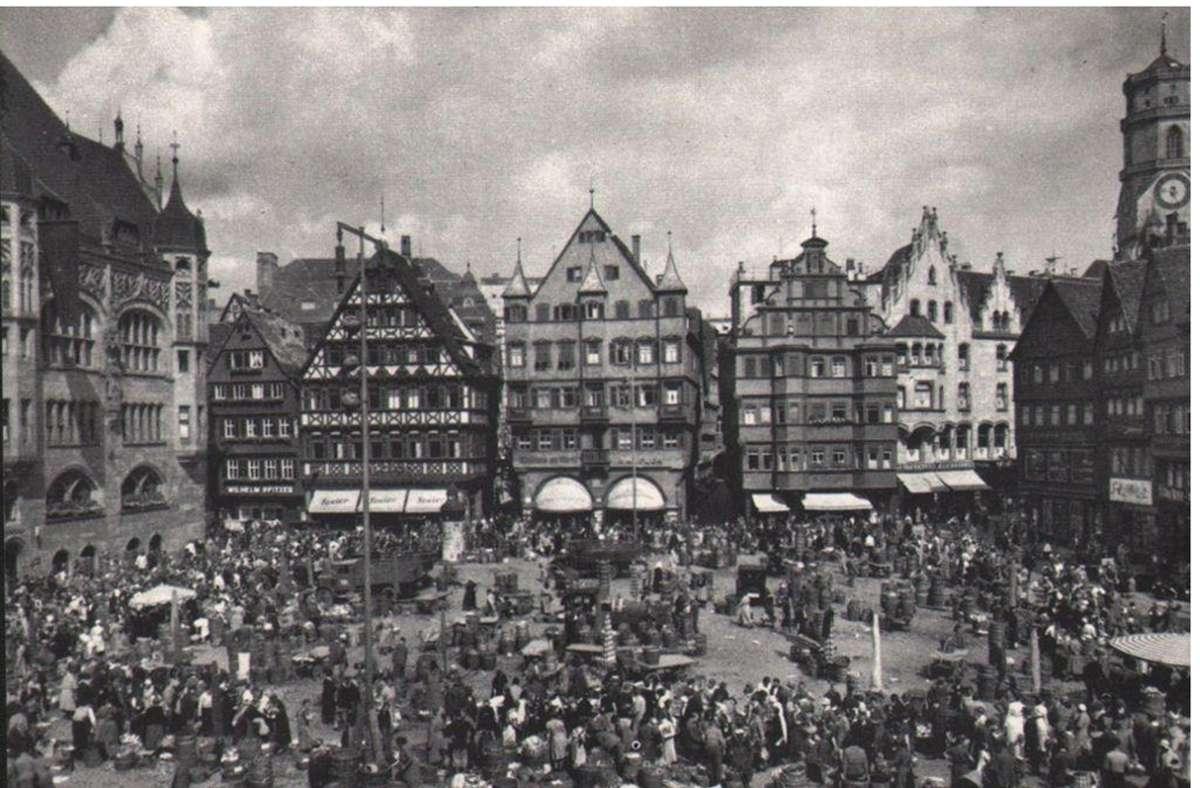Stattliche Fachwerkhäuser bildeten einst den bürgerlichen Mittelpunkt in Stuttgart. Foto: Sammlung Wibke Wieczorek