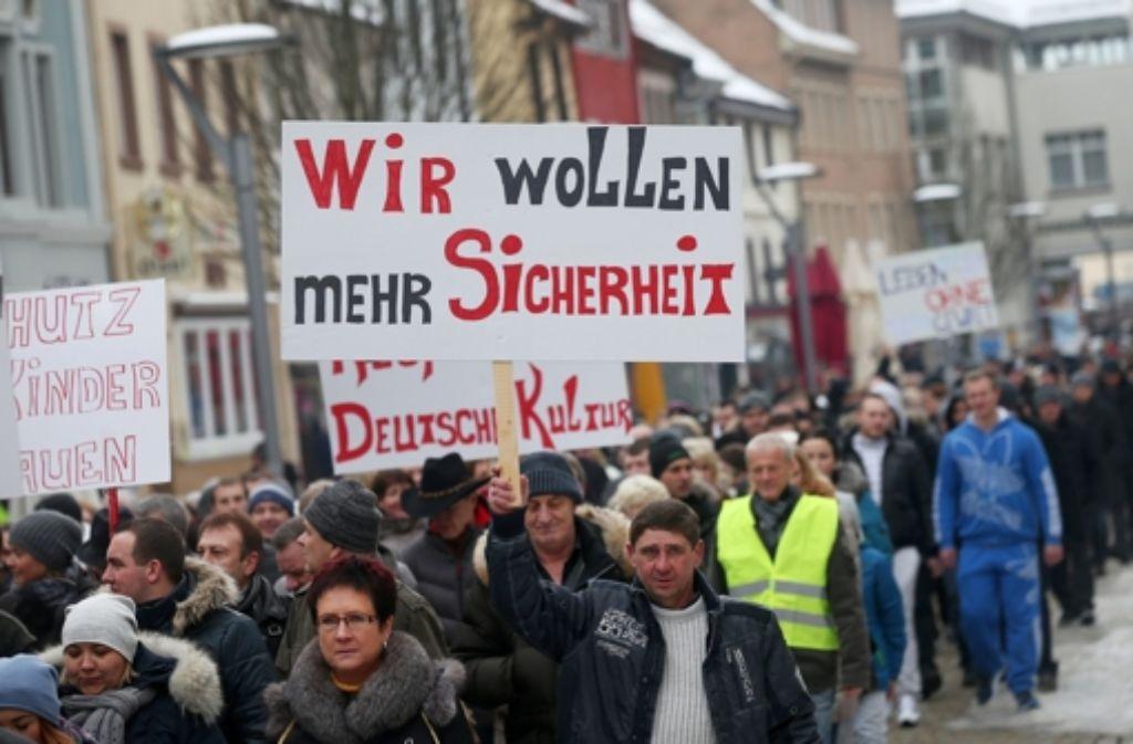 Hunderte von Russlanddeutsche demonstrierten vor einigen Tagen in Villingen-Schwenningen Gewalt und für mehr Sicherheit in Deutschland. Foto: dpa