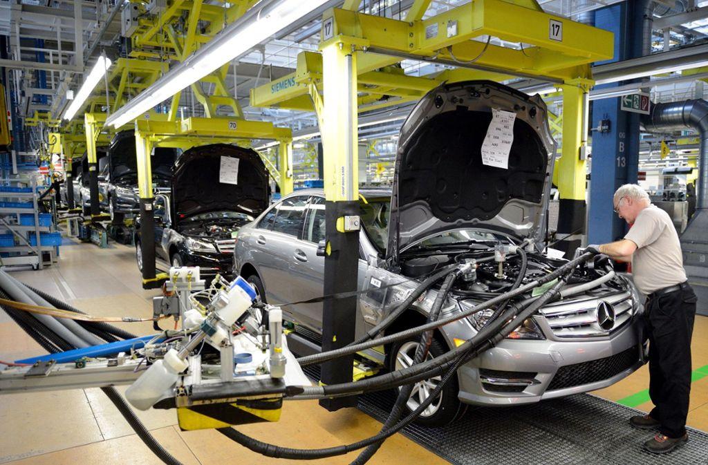 Um den Bedarf an Beschäftigen bei Daimler in Sindelfingen zu decken, würden alle Berufstätigen der Stadt nicht ausreichen. Foto: dpa