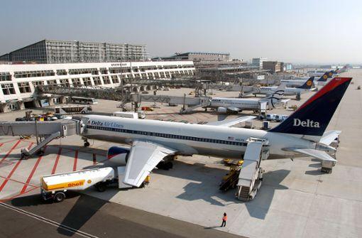 CDU wettert gegen OB Kuhns Flughafenkritik