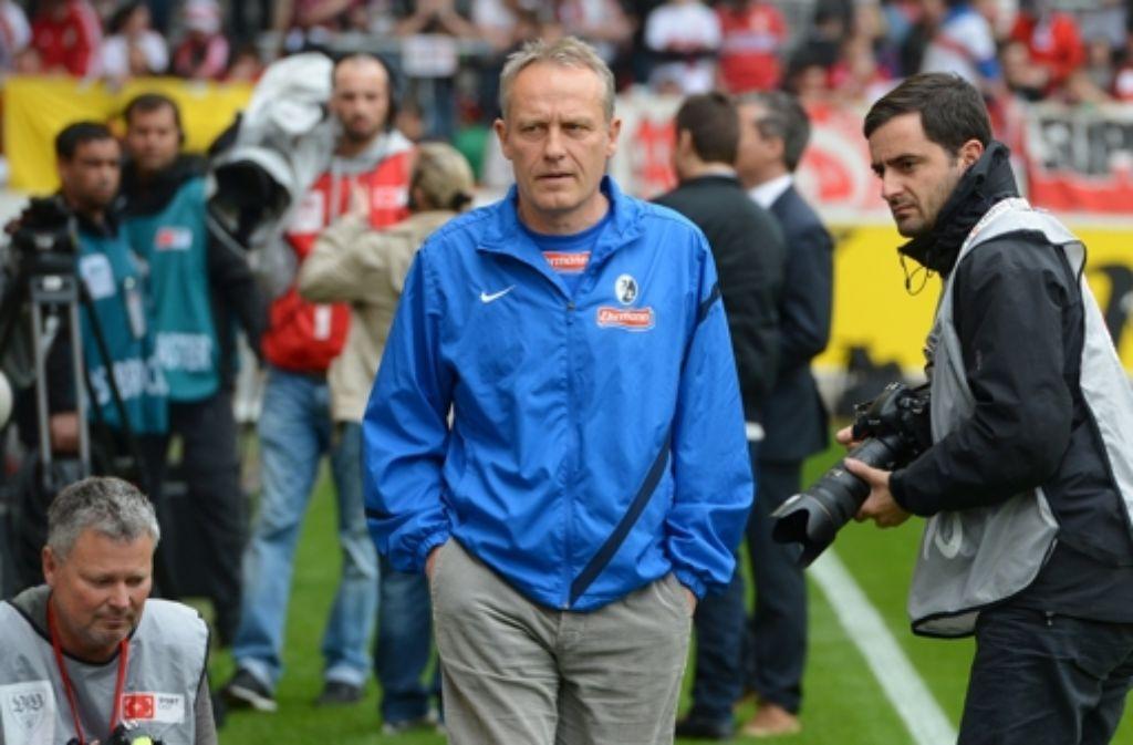 Die vermeintliche Ruhe von Freiburgs Trainer Christian Streich schien sich während des Spiels auf seine Mannschaft zu übertragen. Foto: dpa