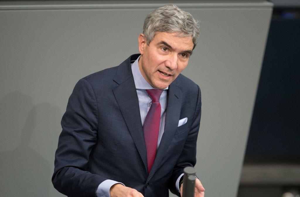 Sein diplomatisches Auftreten trägt dem CDU-Rechtspolitiker Stephan Harbarth auch über die Reihen der Union hinaus Respekt ein. Foto: dpa