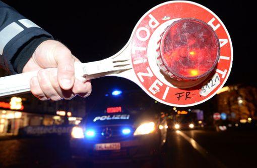 Betrunkener Rollerfahrer flüchtet vor Polizisten