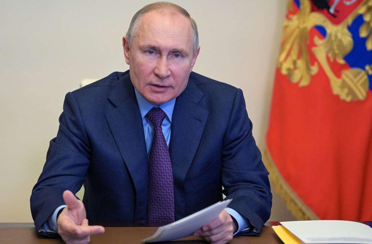 Der Streit zwischen Russland um Präsident Wladimir Putin und den USA spitzt sich zu. Foto: dpa/Alexei Druzhinin