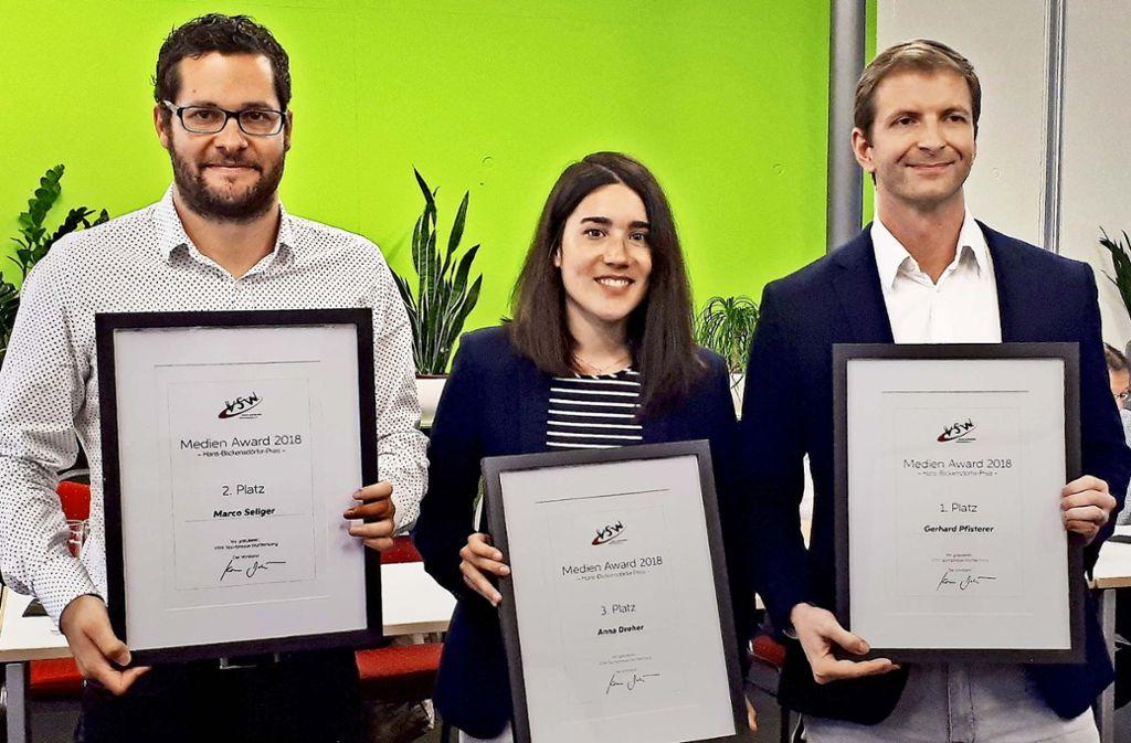 Die Preisträger – von links: Marco Seliger (Platz zwei), Anna Dreher (Platz drei) und Gerhard Pfisterer (Platz eins) Foto: StZ