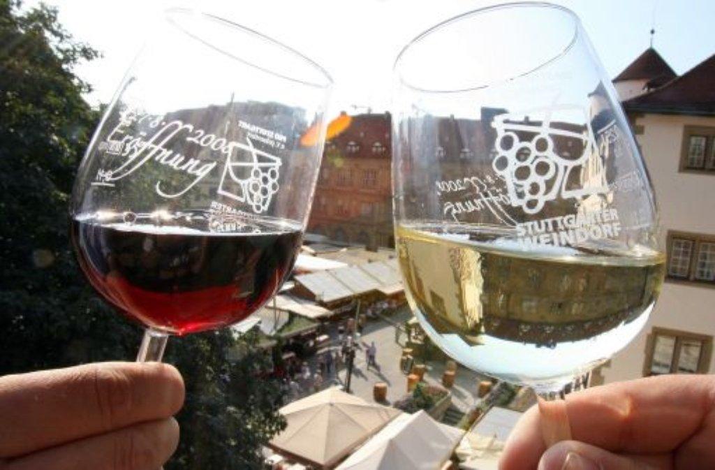 Das Stuttgarter Weindorf findet in diesem Jahr bereits zum 35. Mal statt. Foto: dpa