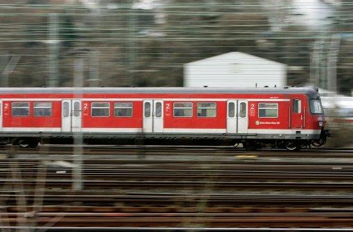 Bahn setzt mehr und längere Züge ein