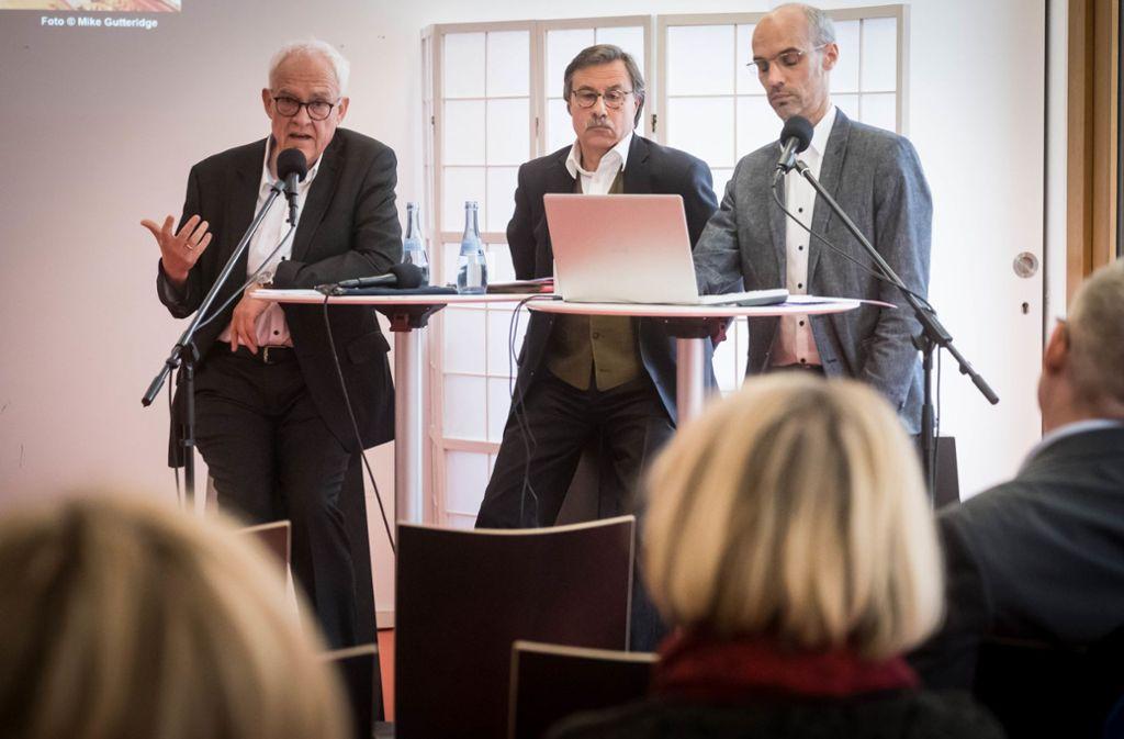Der Vorstand des Konzerthausvereins: Der Vorsitzende Gernot Rehrl (Mitte) und seine Stellvertreter Felix Fischer (links) und Ralf Püpcke. Foto: Lichtgut/Achim Zweygarth
