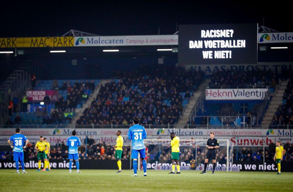 Die Niederlande wollen sich stärker gegen Rassismus im Stadion einsetzen. Foto: imago images/VI Images