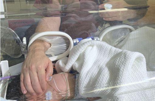 Neugeborenes im südafrikanischen Durban aus Gully gerettet
