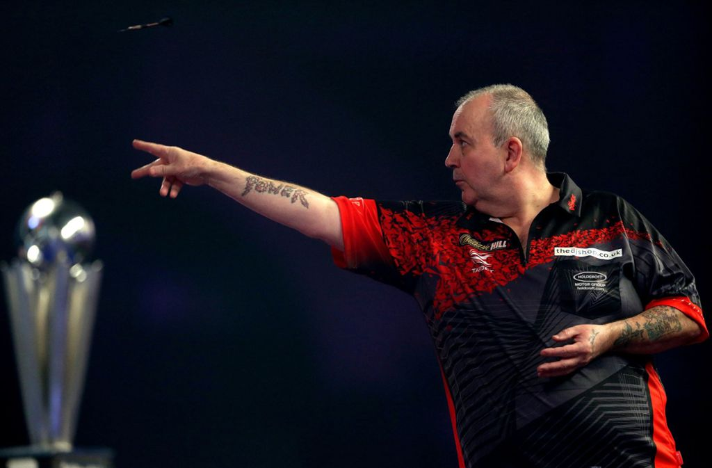Phil Taylor ist der erfolgreichste Darts-Spieler, den es bislang gab. Foto: dpa/Steven Paston