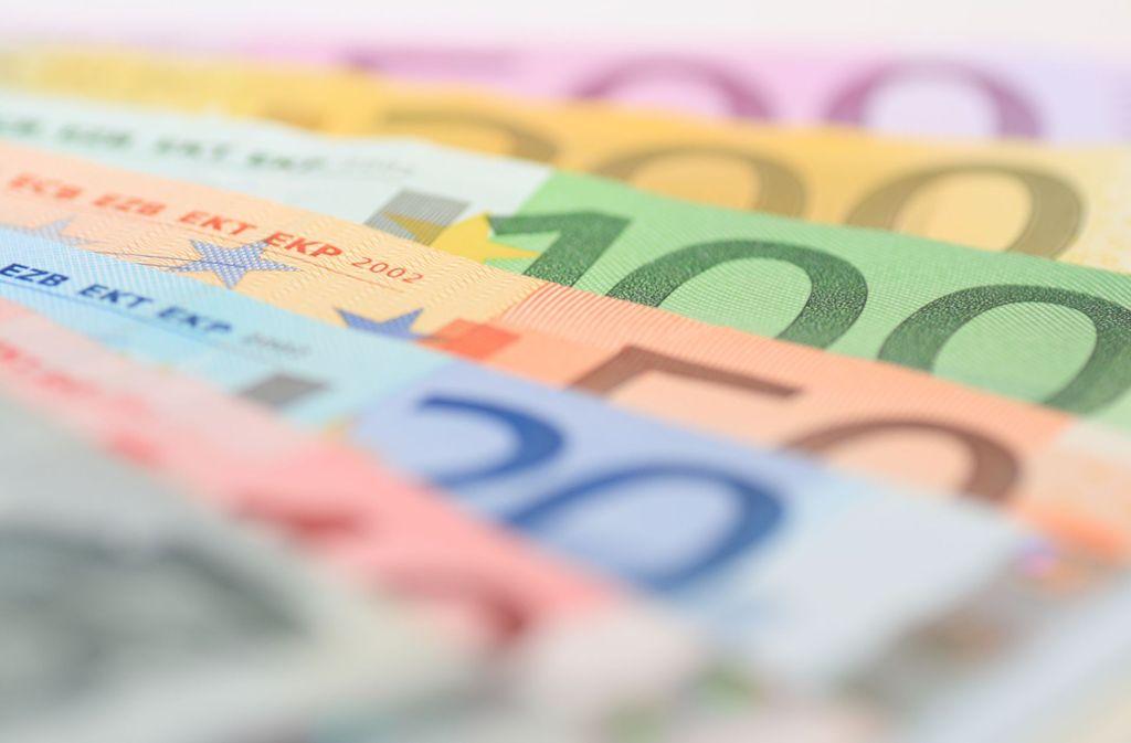 Welche Geldanlage ist die Beste? Experten vom Bankenverband beantworten bei der Telefonaktion Fragen. Foto: Rene Schubert - stock.adobe.com