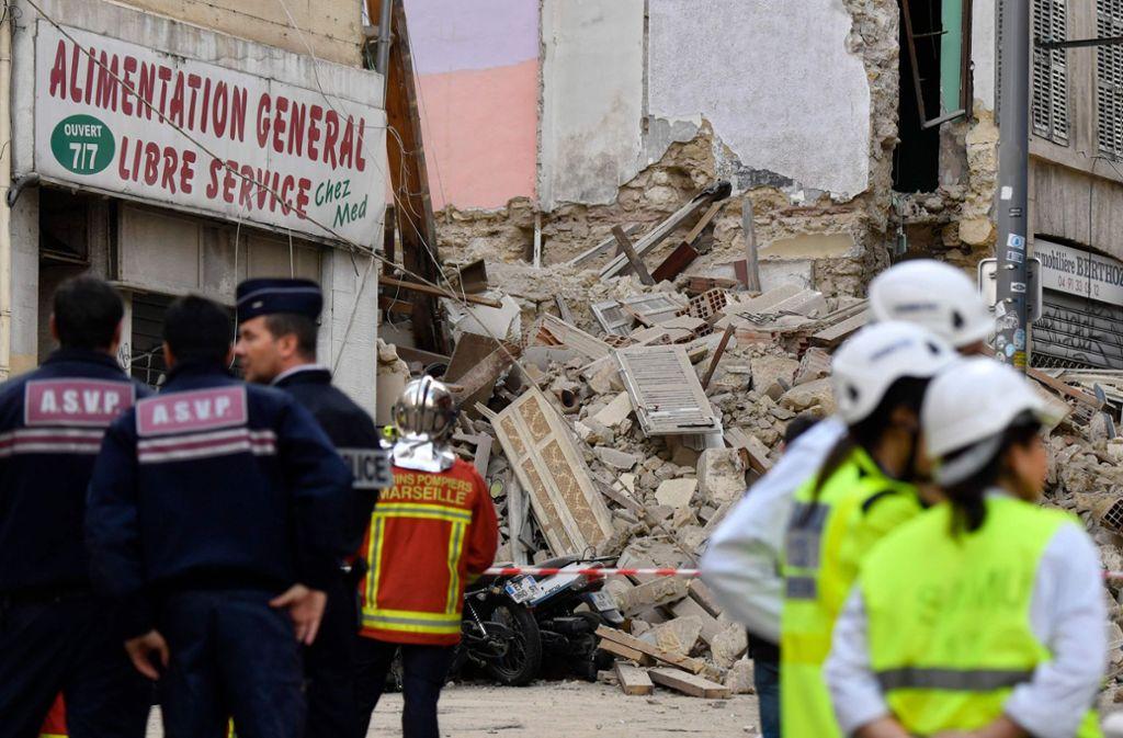 Im Zentrum der südfranzösischen Hafenstadt Marseille hat der Einsturz von zwei Gebäuden einen Großeinsatz ausgelöst. Foto: AFP