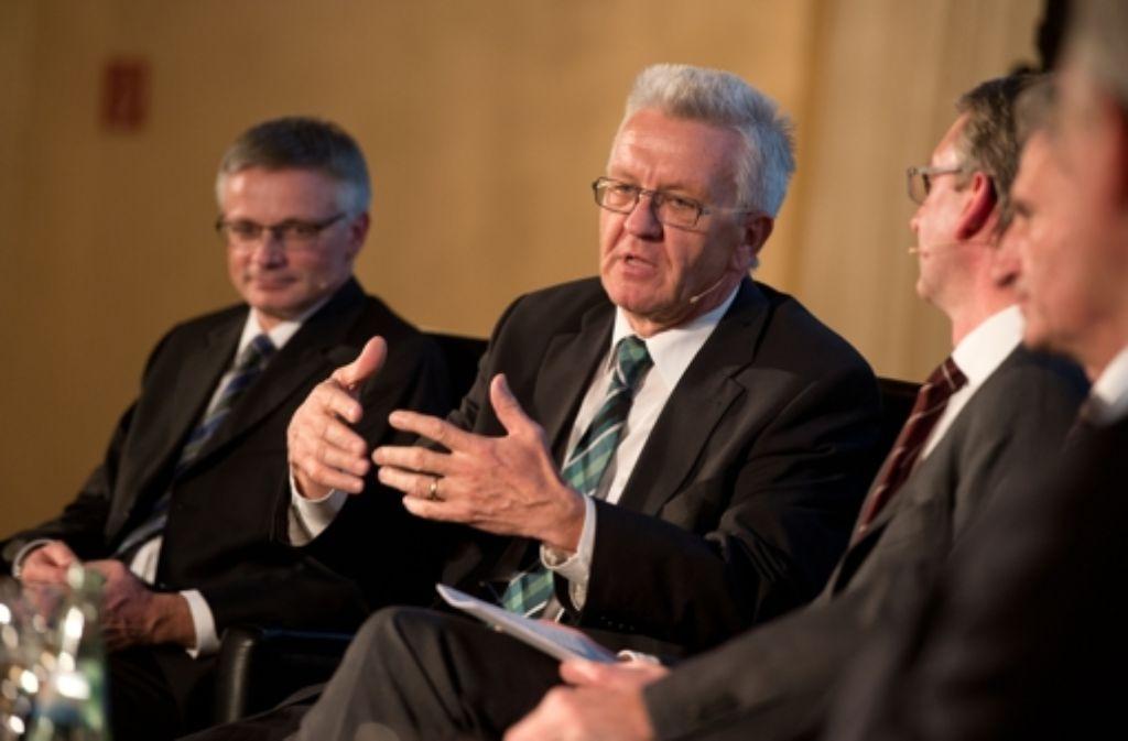 Ministerpräsident Winfried Kretschmann wirbt für die Energiewende. Foto: Martin Stollberg