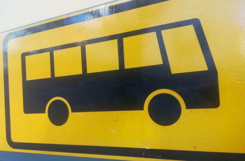 Kommt der Bus, oder kommt er nicht? In Filderstadt sind sich da einige zurzeit nicht mehr so sicher. Foto: Judith A. Sägesser