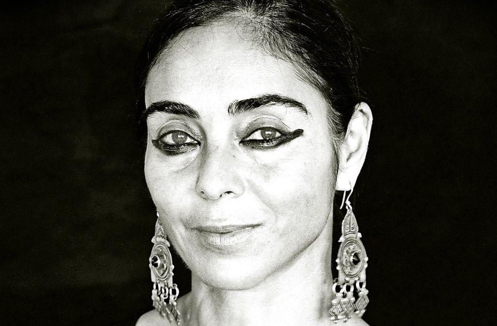 Cleopatra-Make-up als Markenzeichen: die Künstlerin Shirin Neshat Foto: NFP