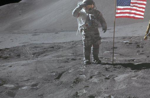 Der Astronaut David Scott war 1971 auf dem Mond. Seinen Handschuh von dort ergatterte später Florian Noller. Foto: