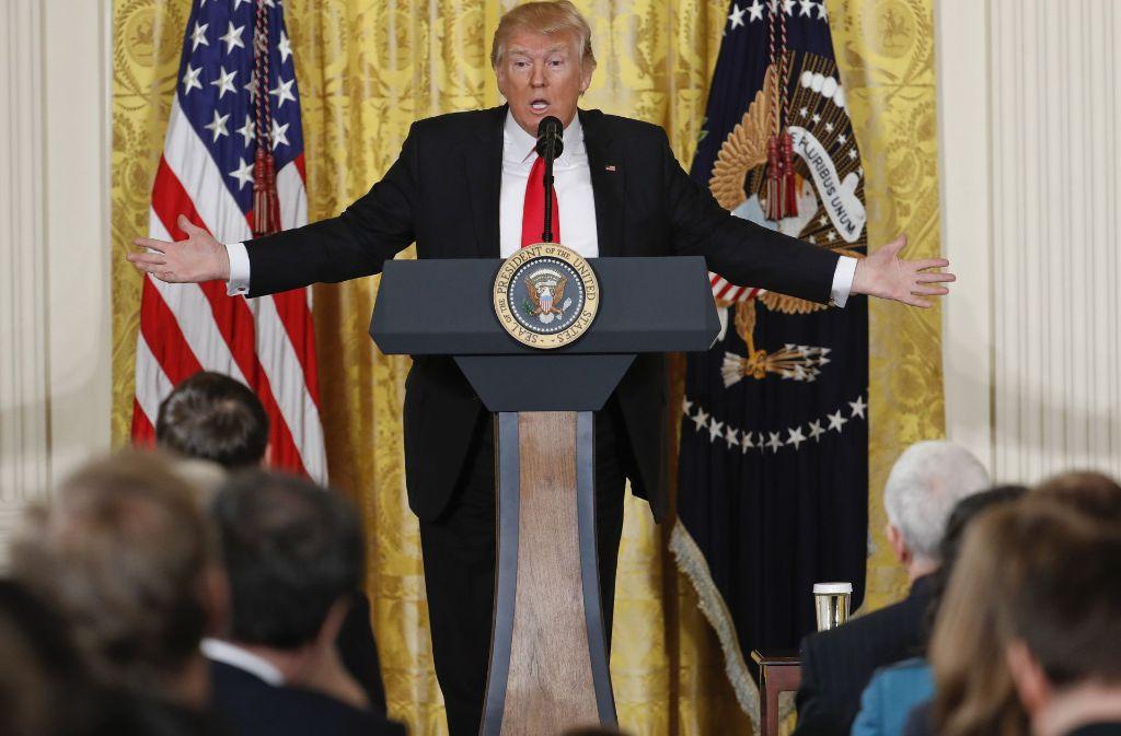 Donald Trump während der Pressekonferenz. Foto: AP