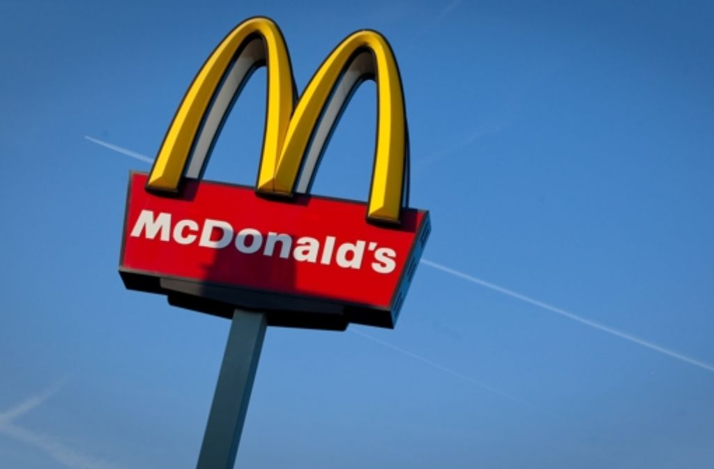 Der erste Prozess um den Überfall auf die MacDonalds-Filiale in Weinstadt ist l zu Ende gegangen: Zwei Angeklagte wurden zu achteinhalb und sechs Jahren Haft verurteilt. Foto: dpa