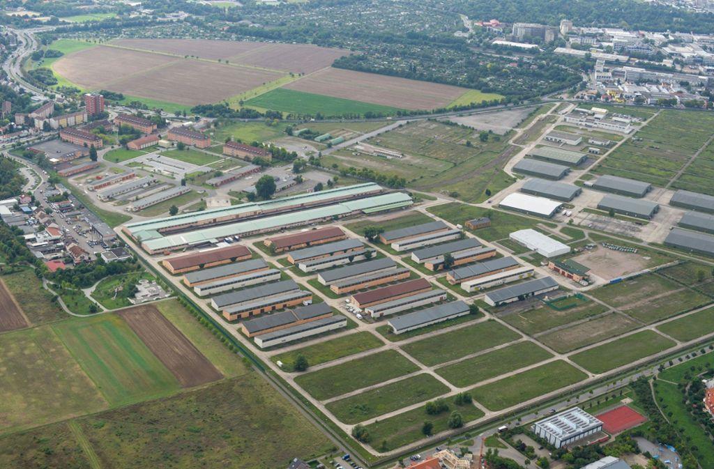 Die Spinelli-Barracks, im Hintergrund die Feudenheimer Au, machen Platz für die Bundesgartenschau. Foto: dpa