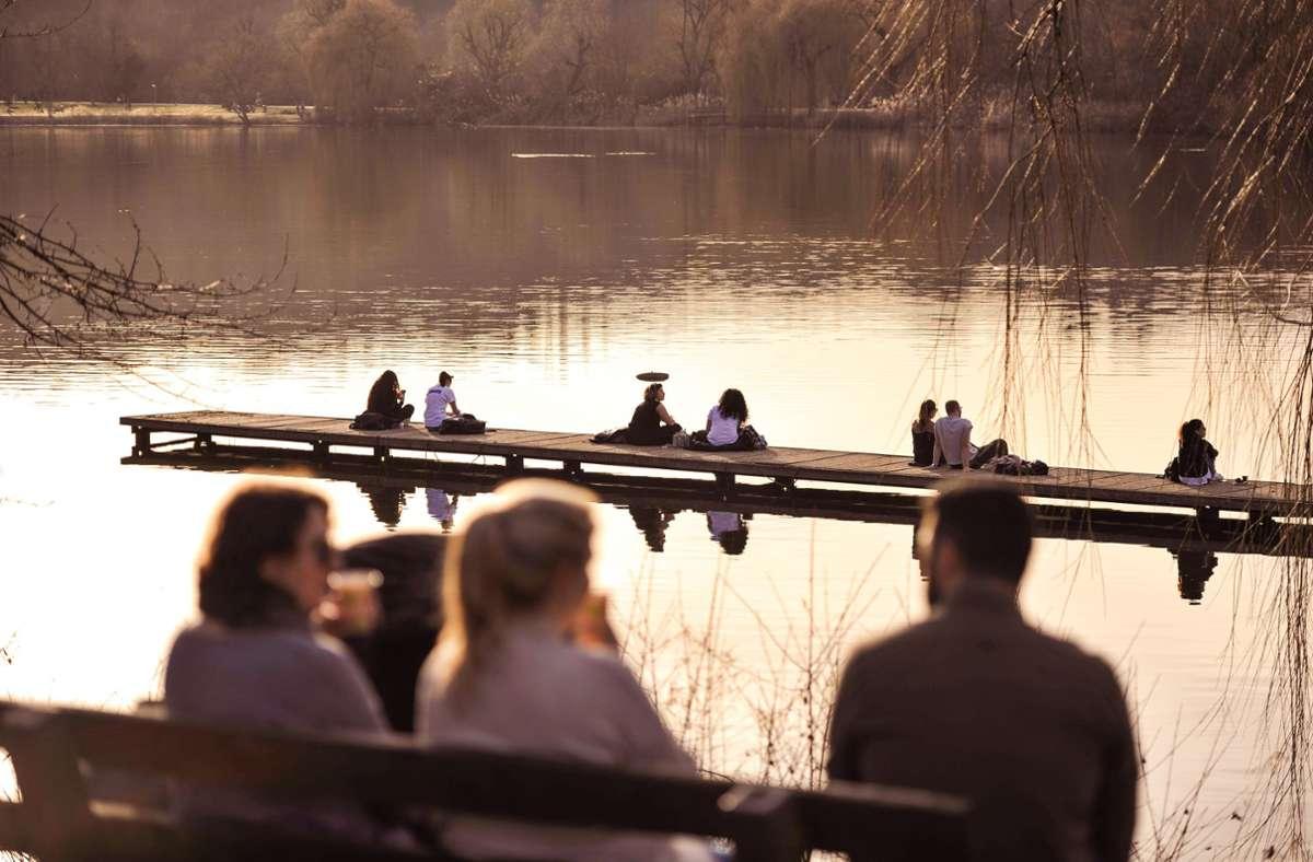 Bereits am Wochenende genossen viele Stuttgarter das frühlingshafte Wetter. Auch diese Woche soll warm bleiben. Foto: Lichtgut/Max Kovalenko