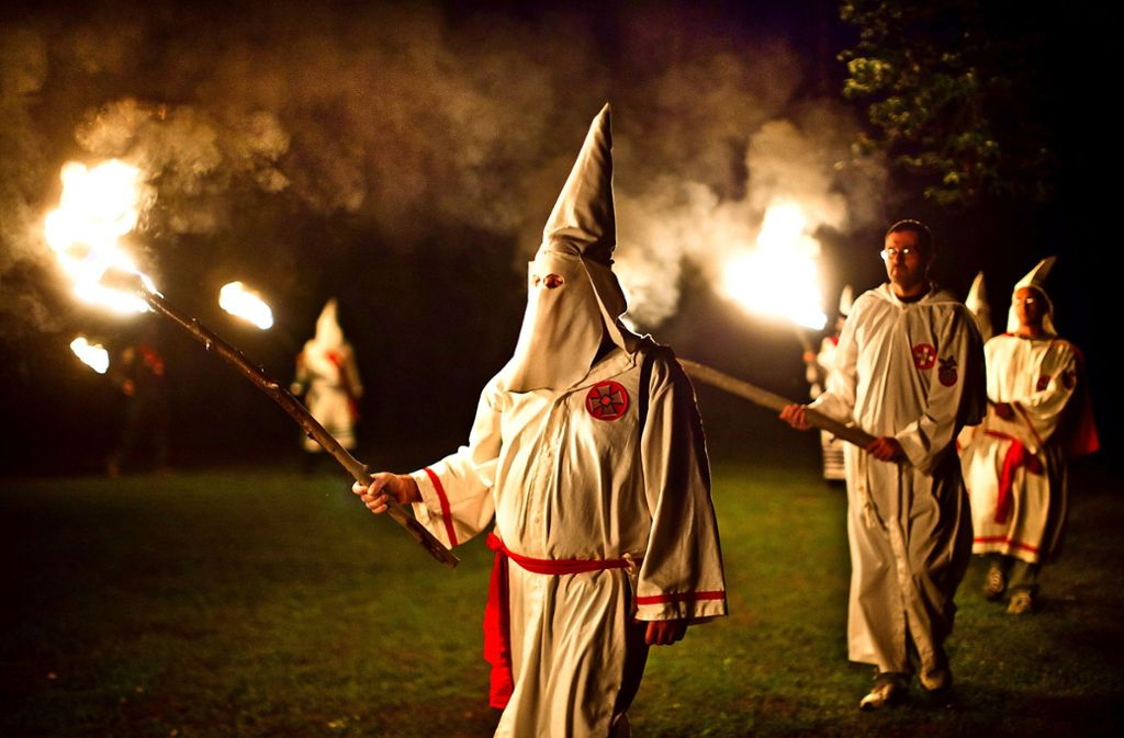 Ritual des Ku-Klux-Klan in den USA: Auch im Rems-Murr-Kreis haben sich Menschen dem Geheimbund angeschlossen. Foto: dpa
