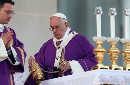 Papst Franziskus verdammt Korruption