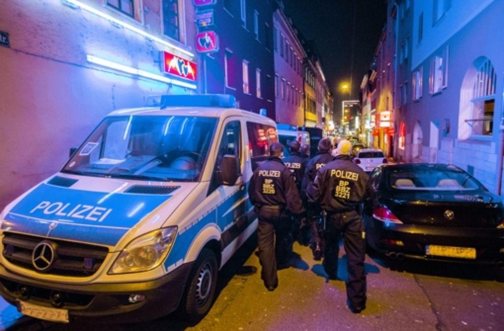 Trotz Polizeieinsätzen sind die Probleme noch nicht im Griff. Foto: Achim Zweygarth