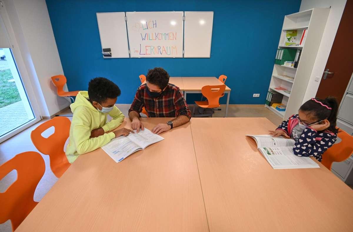 Ein Lernraum in einer Flüchtlingsunterkunft. Foto: Lichtgut/Leif Piechowski