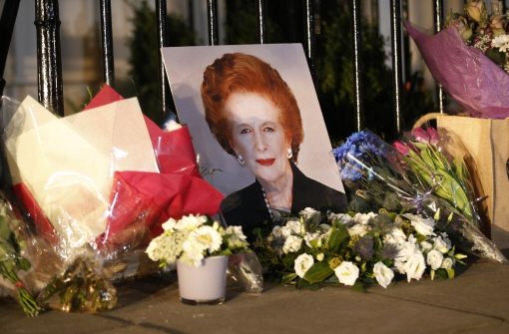 """Nach dem Tod von Margaret Thatcher laufen die Vorbereitungen für die Trauerfeierlichkeiten. Die """"Eiserne Lady"""" soll in der nächsten Woche beigesetzt werden.  Foto: dpa/AP"""