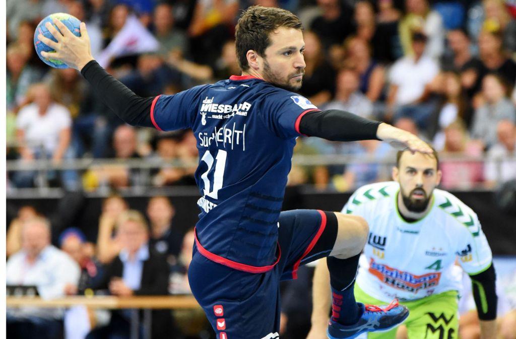 Trifft aus allen Lagen: Bietigheims Christian Schäfer, in der Saison 2015/16 Torschützenkönig in der Zweiten Handball-Bundesliga. Foto: Baumann